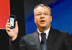 诺基亚在今年6月宣布,将在2013年底最多全球裁员1万人,削减16亿欧元支出。