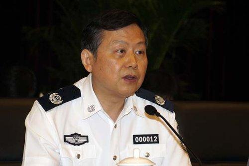 公安部副部长:流动人口有望落户长期工作地