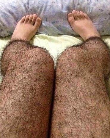 毛腿男人是不是更性感_毛腿丝袜网络走红
