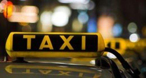 北京出租车调价后打车乘客减少 司机称收入减半