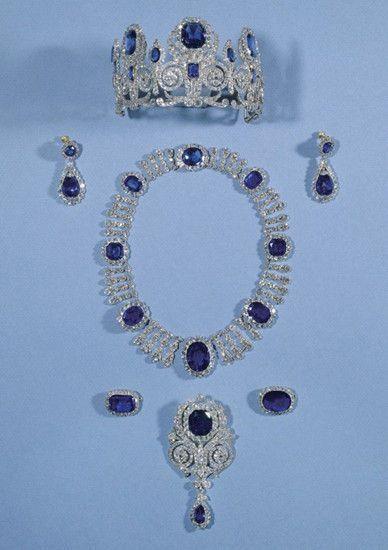 01:最完整的卡蓝套件(公元19世纪。材质:钻石、蓝宝石)