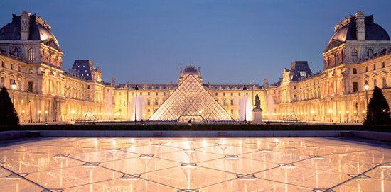 法国巴黎卢浮宫