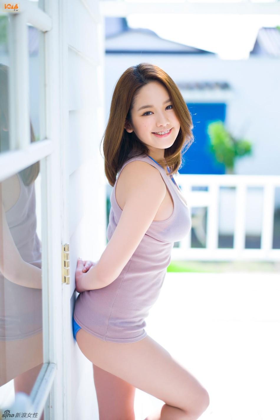 日韩女优噜噜色图片_【高清特刊】超越色情的艺术全球精彩人体彩