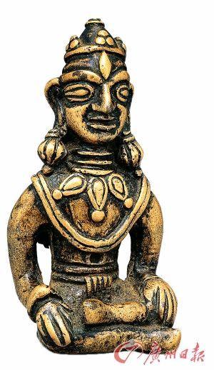 菩萨   七至八世纪   高5.2cm   西藏   黄琍玛