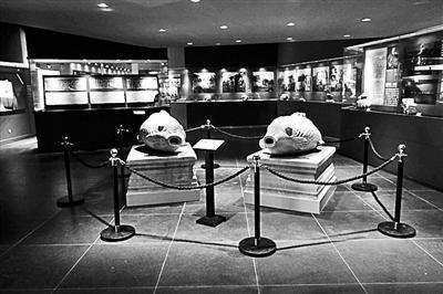 大水法石鱼:上世纪30年代中期被国民党陆军中将杨杰搬到西单横二条其私宅院中,2006年11月回归圆明园,现存圆明园展览馆。