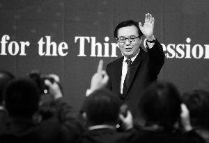 昨天,商务部部长高虎城答记者问。 晨报记者 李木易/摄