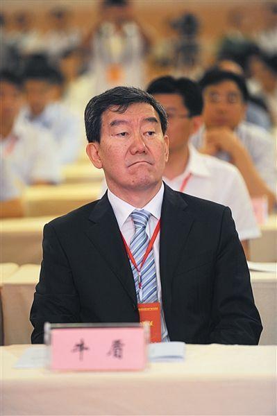 牛盾 全国政协委员、农业部原副部长、中国常驻联合国粮农机构代表