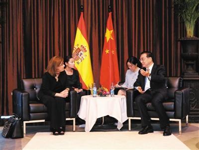 李克强结束拉美四国访问返回北京 带回57项大单