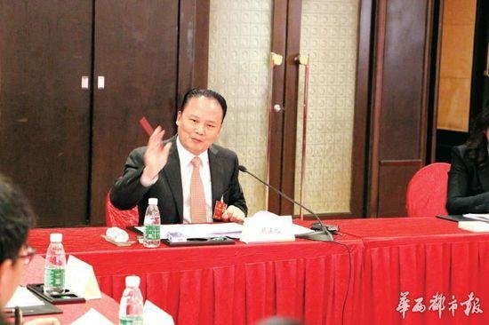 全国政协委员、通威集团董事局主席刘汉元。