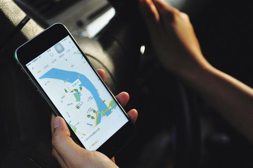 多地网约车政策过渡期结束合法化存高门槛难题