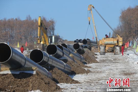 中俄原油管道二线2标段提前实现主体贯通