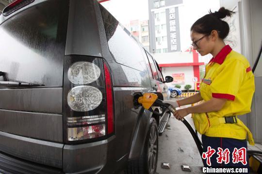 """成品油有望迎來""""二連跌""""每噸或降逾兩百元"""