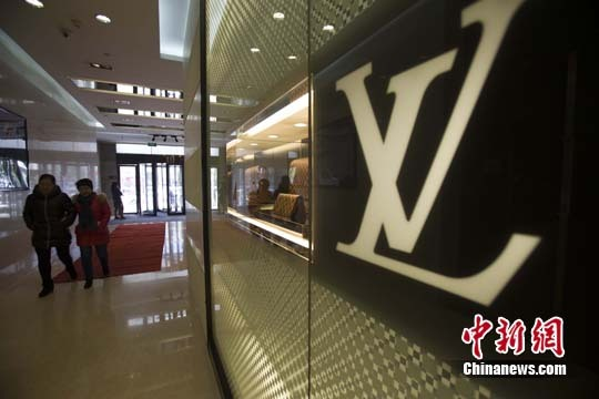 中国游客热衷购买西班牙奢侈品年交易额近百亿欧元
