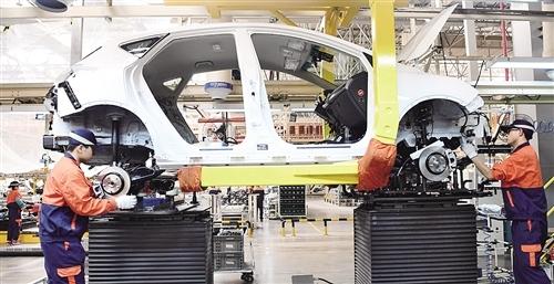 我国制造业奋力由大到强 关键产品竞争力显著提升