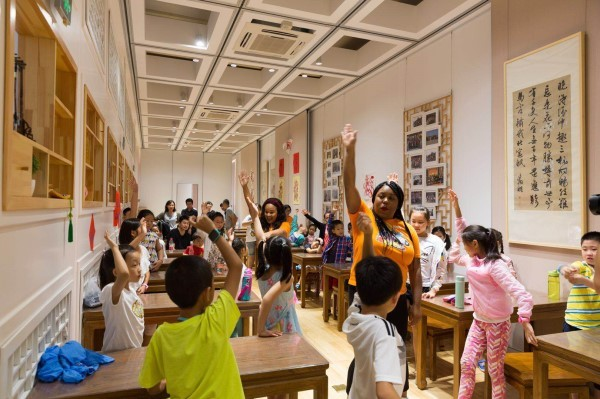 VIPKID外教教孩子们用英文介绍故宫文化