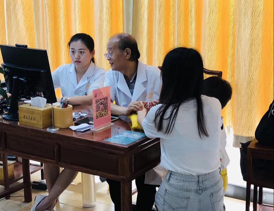 春夏之交养生 康美中医馆中医保健受欢迎