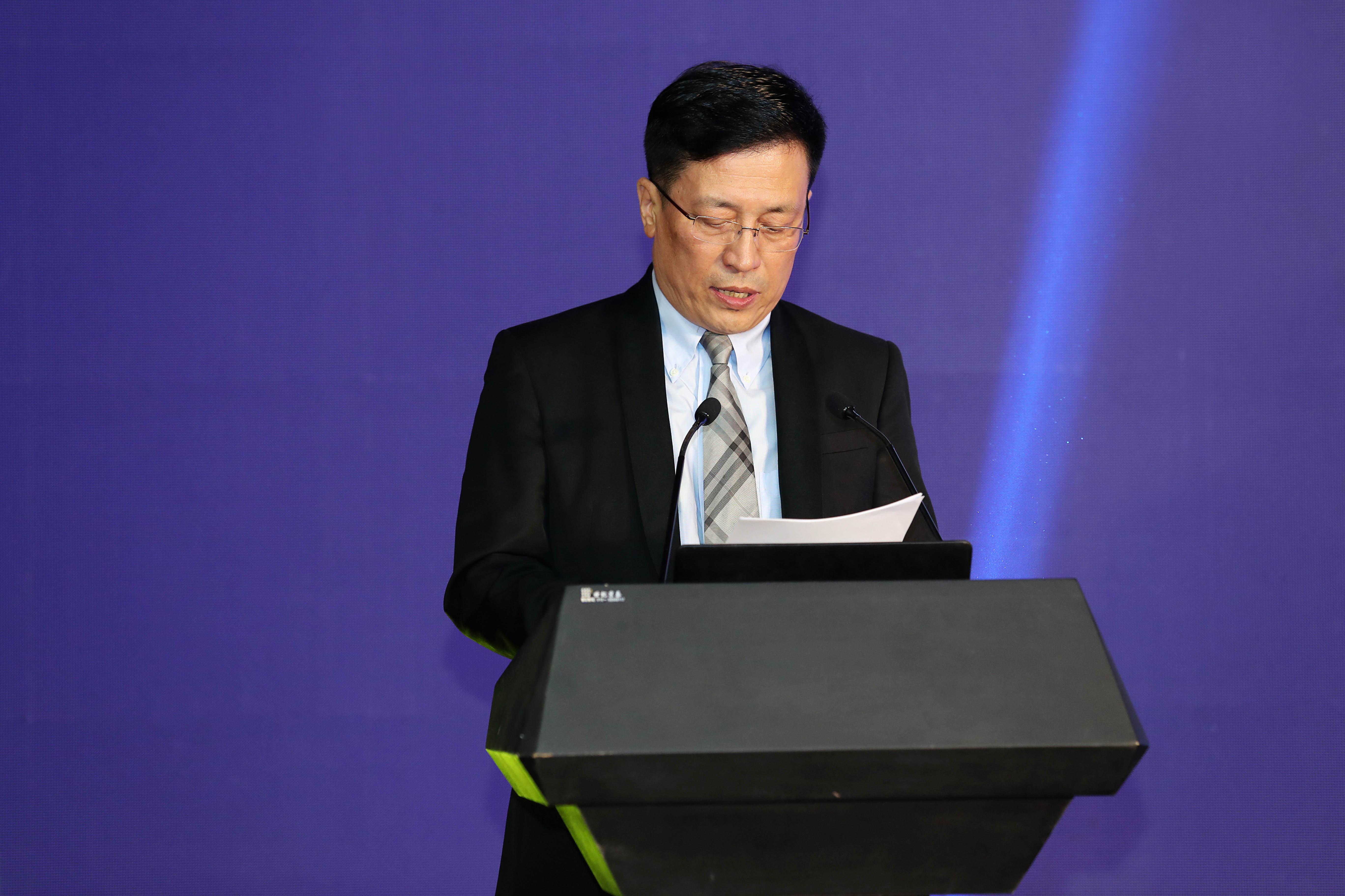 中国抗癌协会常务理事兼科普宣传部部长支修益