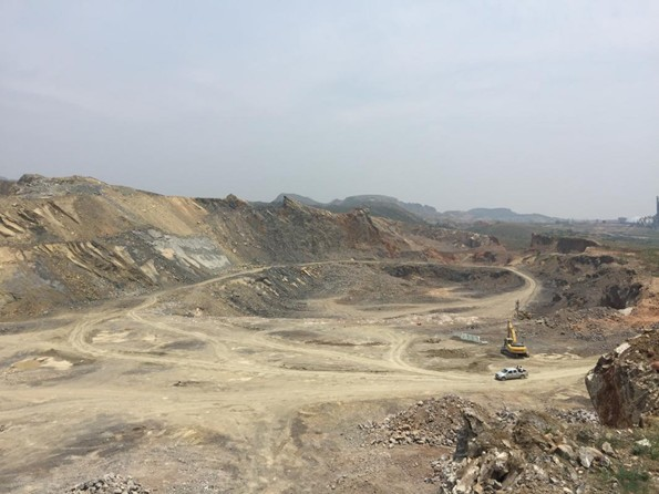 河南禹州多家矿山企业无序开采 生态环境遭严重破坏