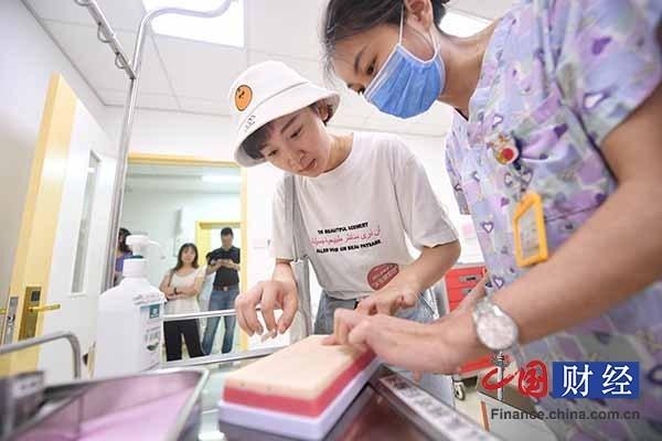 """北京东区儿童医院开通""""一对一""""24小时健康管家服务"""