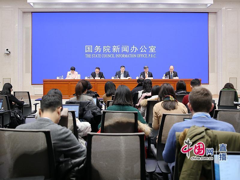 商务部:2019年投放中央储备冻猪肉14万吨 全年CPI上涨2.9%