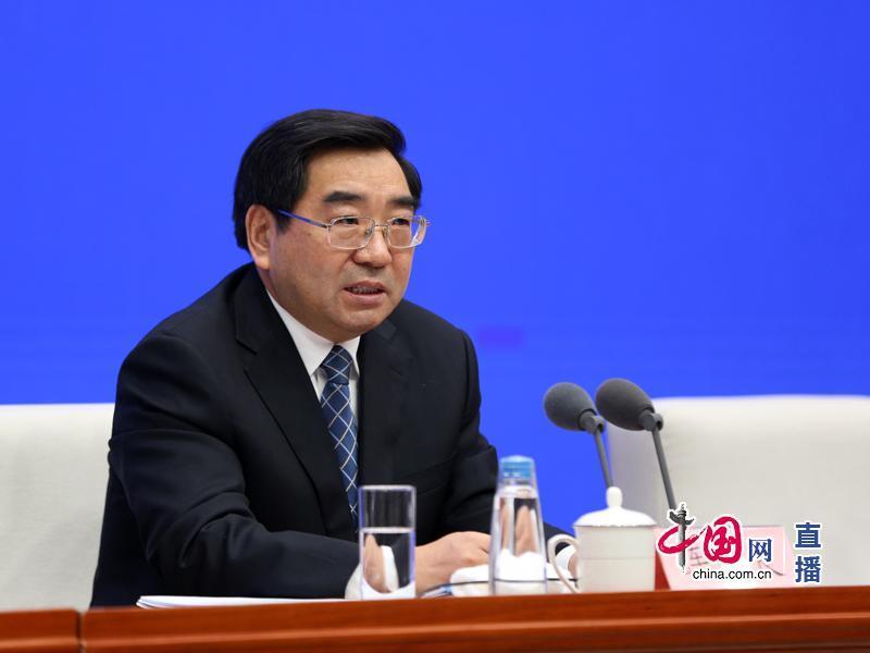 发改委:一万吨冻猪肉随时准备向武汉市场投放 保障生活物资供应
