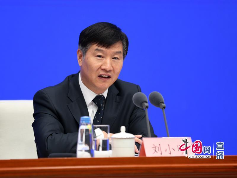 交通运输部刘小明:小客车高速免费通行延长到2月8日