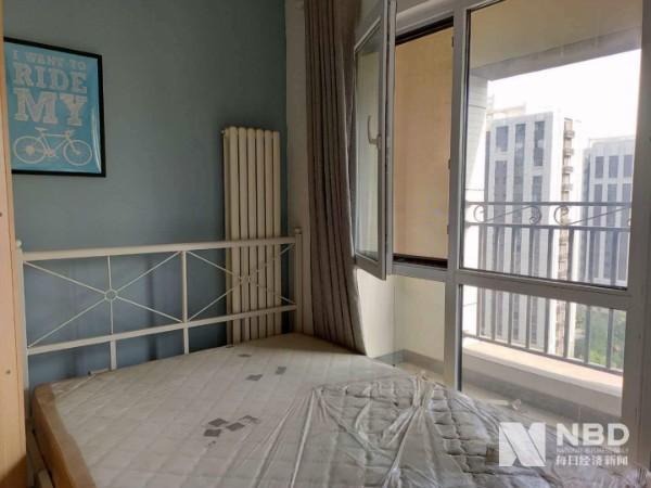 房租拐点下的长租公寓困局:房东加入维权群 租客首遇续约不涨价插图(1)