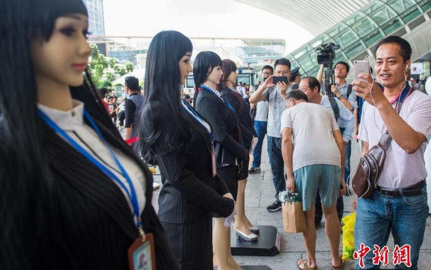 人福医药增资新加坡健康护理 调整两性健康业务