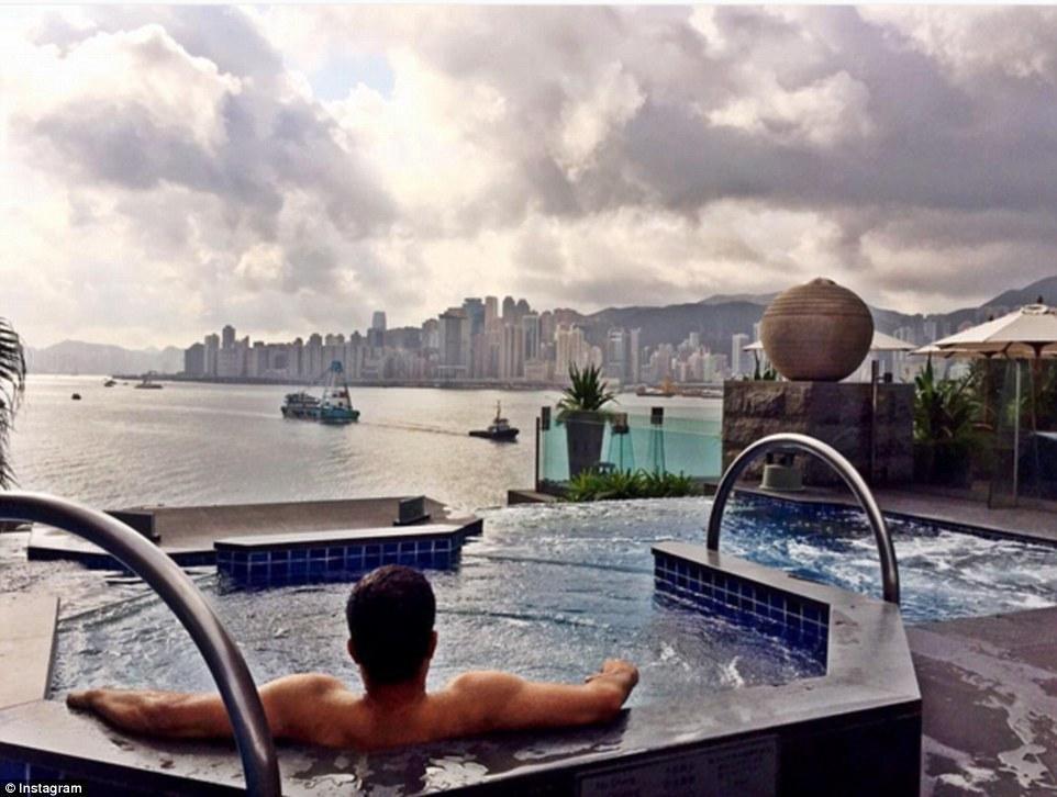 外国富二代高调炫富 私人游艇享奢华春假