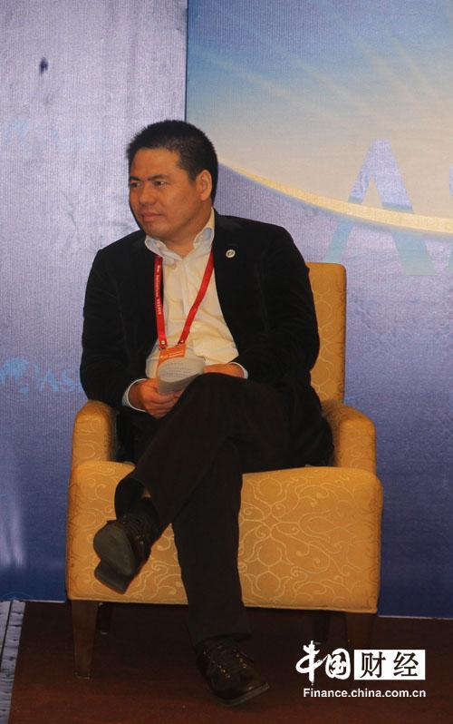 蒋锡培:民间资本进入金融业前途光明道路艰巨