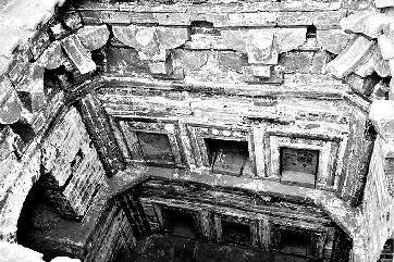 元代墓葬底带渗水井结构图片大全