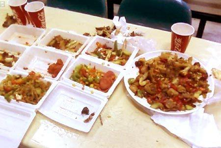 我国餐饮业浪费严重 每年浪费粮食可养活2亿人