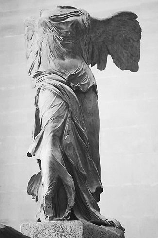 卢浮宫三宝胜利女神_卢浮宫:法国的象征与骄傲_财经_中国网
