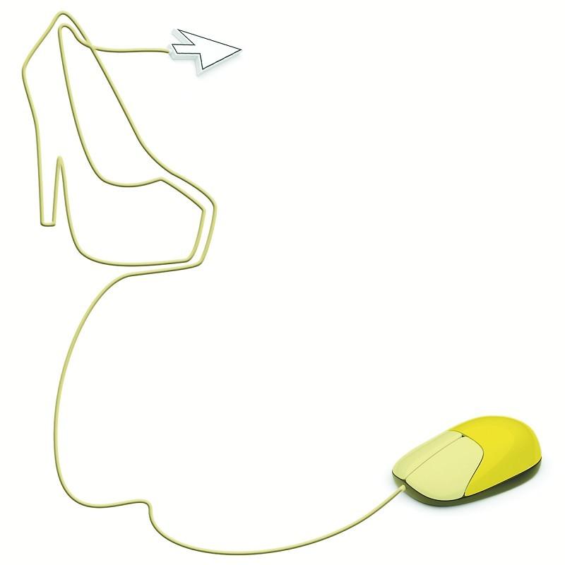 百丽净利润增速放缓至4.43%,达芙妮净利率预期跌至个位数,星期六和千百度净利润跌幅双双超过20%,这是国内四大鞋类上市公司2013年出炉的基础财务数据。在日前召开的中国东盟女鞋营销会议上,珠三角女鞋营销协会副秘书长李滨表示,从2012年下半年开始,我国女鞋行业就进入了营销和利润增速放缓的通道。更有业内人士分析,2014年女鞋市场仍   将呈现低迷状态,未来3年将是女鞋行业优胜劣汰的关键时期。   2013年,中国女鞋生产企业的日子确实过得颇为艰难。   曾以S.
