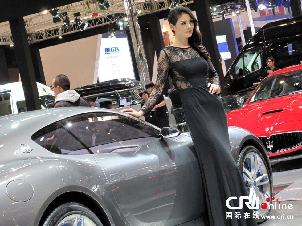 2014北京国际汽车博览会:车模(高清组图)