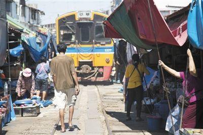 泰国两铁路项目未来直通中国 选中国高铁希望很大
