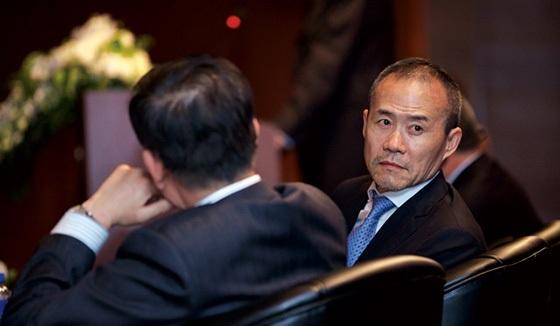 宝能系提议罢免万科10董事 王石或出局