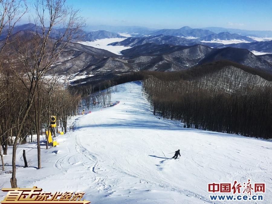 中国经济网记者王婉莹/摄    随着冰雪产业不断发展,吉林市冬季旅游