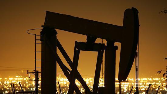 周四美油收跌3%布油收跌3.4% 延续昨日跌势