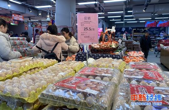 申搏亚洲:鸡蛋减价了!蛋价连续12个使命日降落 月内降幅近20%