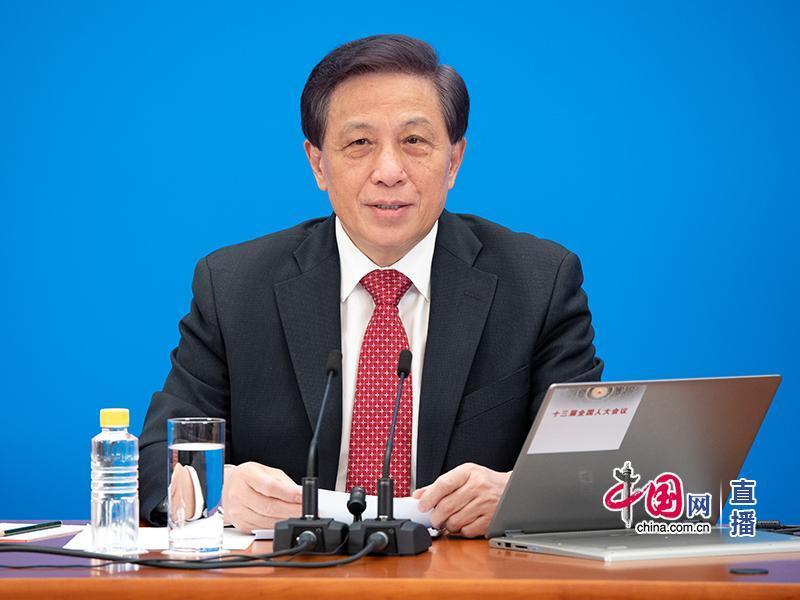 张业遂:中国将加大制度型开放力度